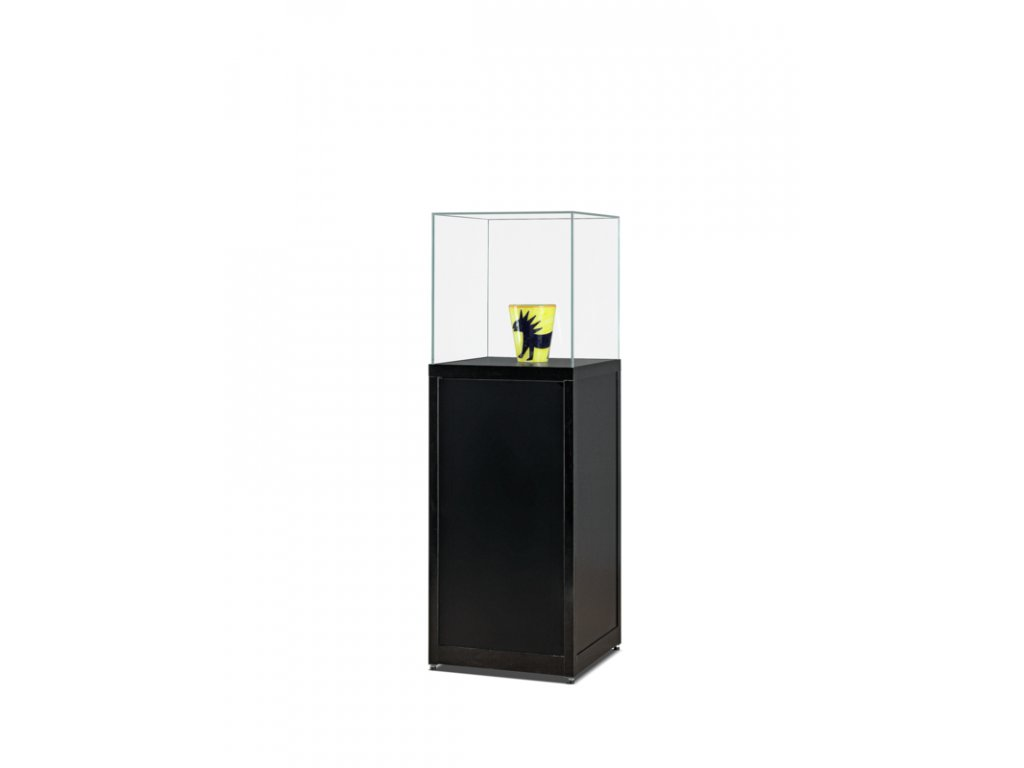 Skleněná exponátová vitrína na podstavci,  516x1500x500 mm