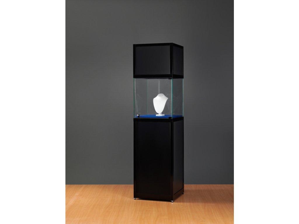 Skleněná exponátová vitrína na podstavci a se záhlavím,  508x2200x500 mm