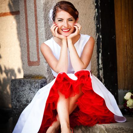 SVATEBNÍ ŠATY - Kolekce svatebních šatů inspirovaných stylem 50. let. - NOVÁ KOLEKCE 2018