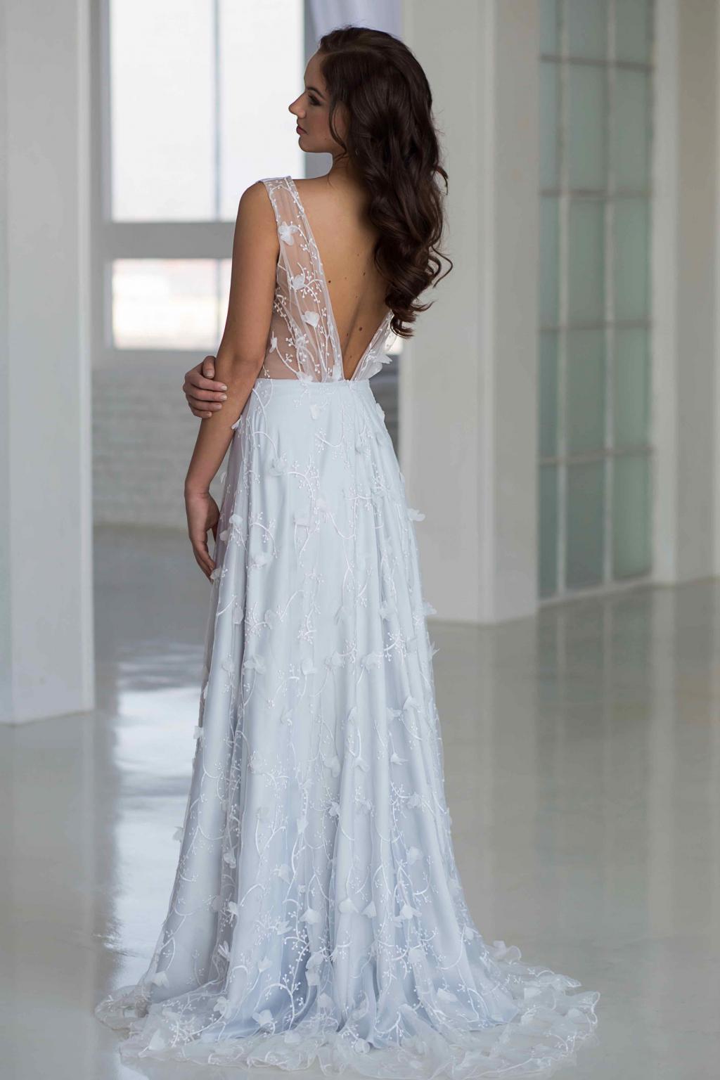 474d5236a8a Šedo-modré svatební šaty ISABELLA · sedo modre svatebni saty ...
