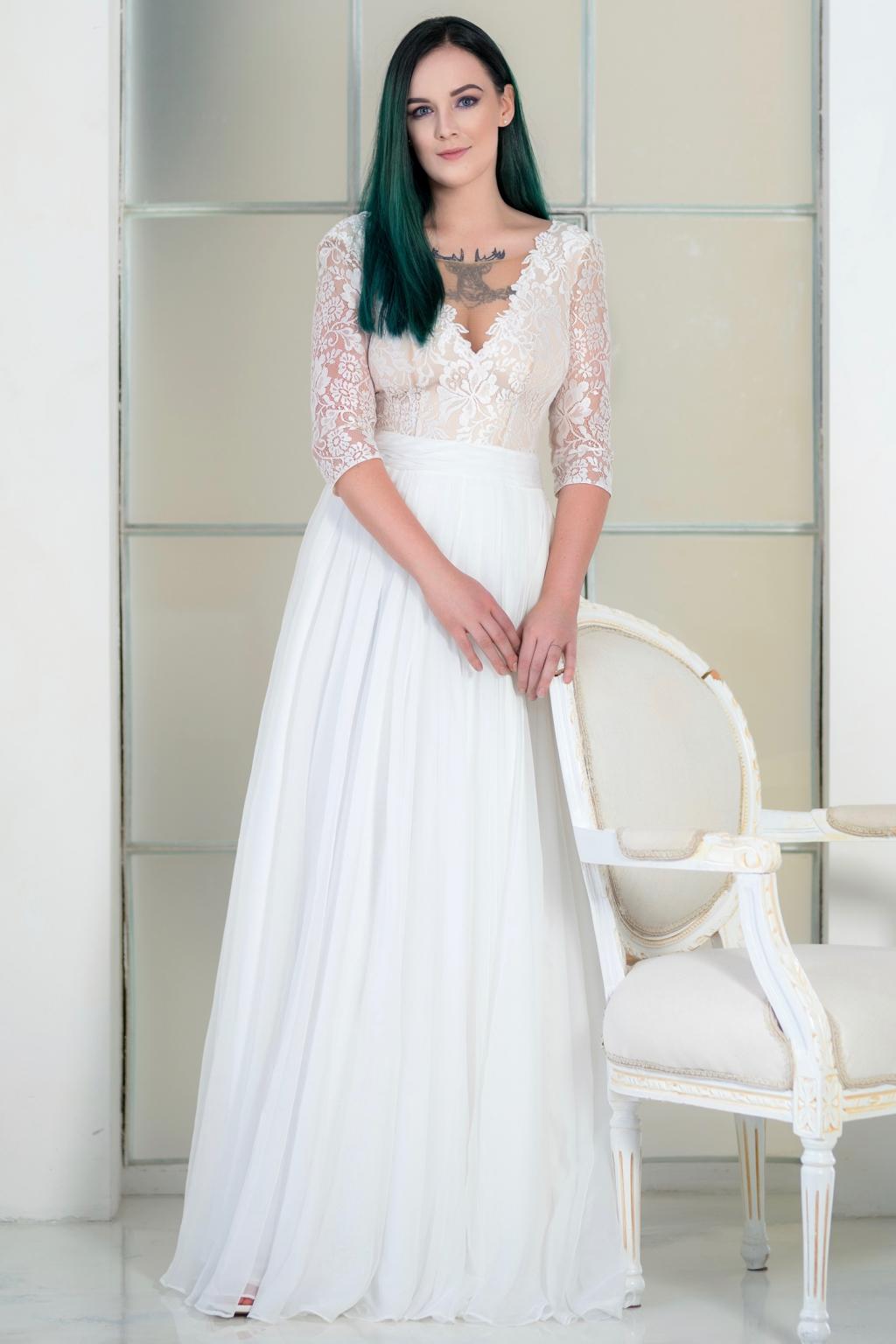 08e4522e2f Lehounké svatební šaty MEGAN s 3 4 rukávy - MiaBella