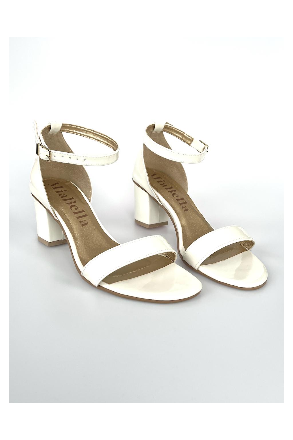 smetanové sandálky na podpatku