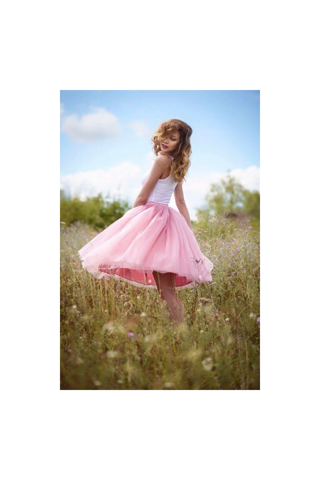 2baaafc57bb5 Dámská tylová TUTU sukně pudrová ružová · Dámská tylová TUTU sukně pudrová  ružová ...