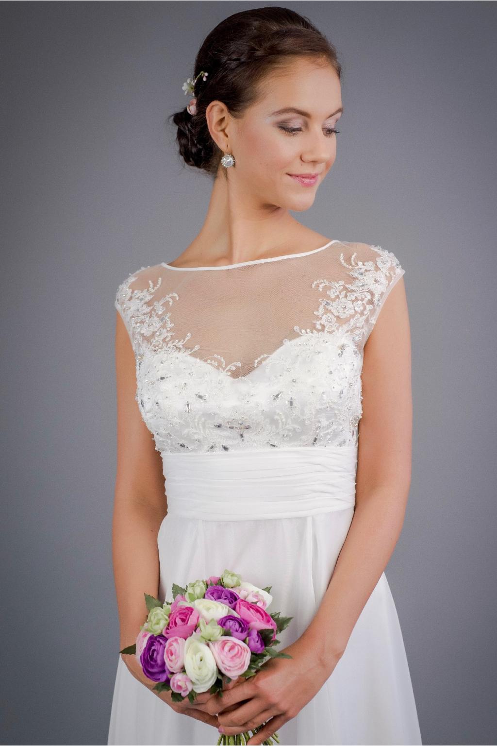 Jemné svatební šaty se zdobeným živůtkem · svatebni saty se zdobenym  zivutkem 1 · svatebni saty se zdobenym zivutkem 2 ... 81e9f76168