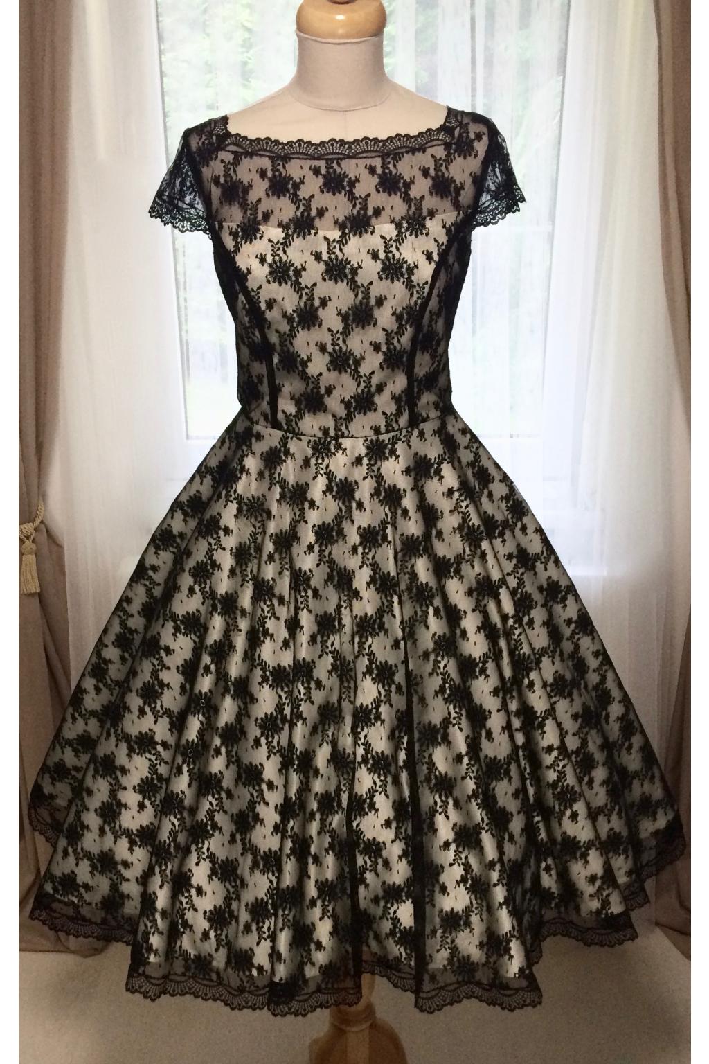 Korzetové retro šaty s jemnou černou krajkou - více barev