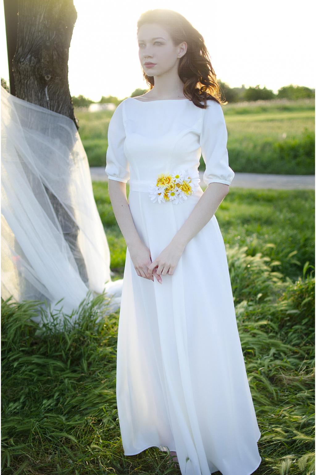 4cff6f9369 ... dlouhé svatební šaty s rukávy ...