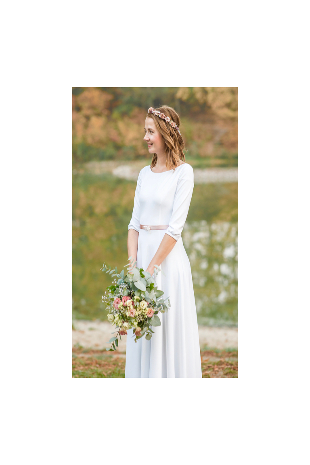 ... Dlouhé svatební šaty s rukávy ... cfc0b1aa5c