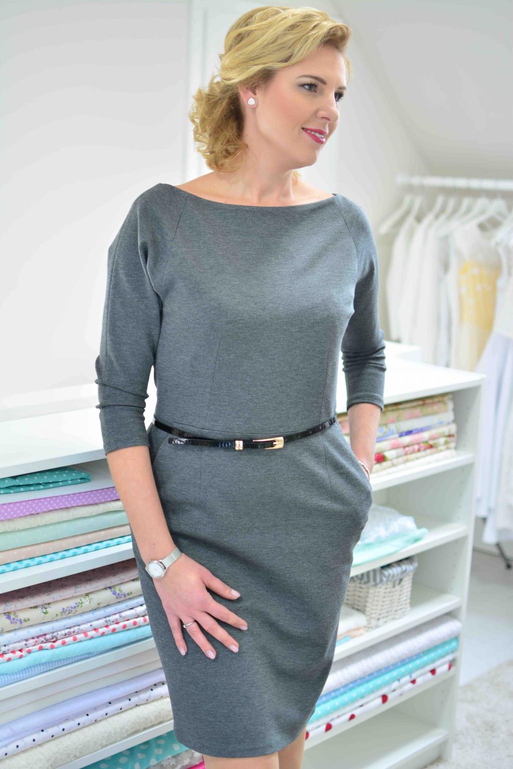 e4c2bd49ce2 Šedé pouzdrové business šaty. sede-pouzdrove-saty