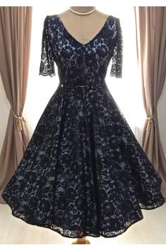Krajkové retro šaty LOREN s rukávy
