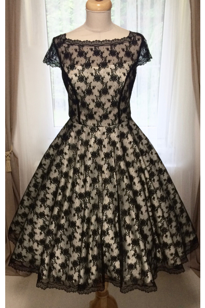 Korzetové retro šaty s černou krajkou, vel. 38