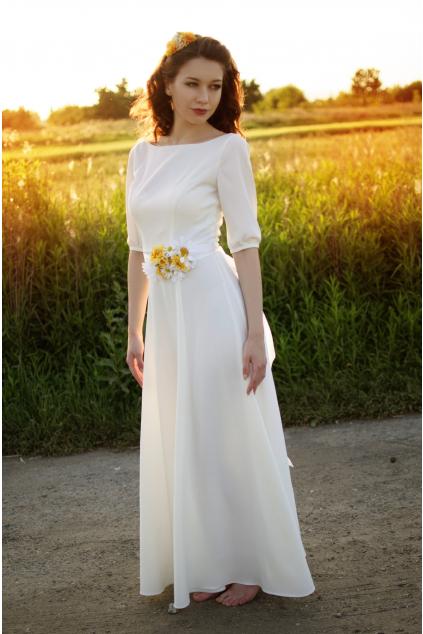 dlouhé svatební šaty s rukávy