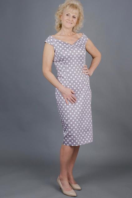 7f803386414 Pouzdrové šaty MILLA šedé s puntíky