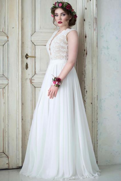 Svatební šaty s bavlněné krajky s hlubokým výstřihem (1)