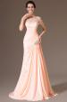 Meruňkové plesové šaty s vlečkou