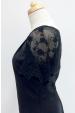 Černá halenka s krajkovými rukávy