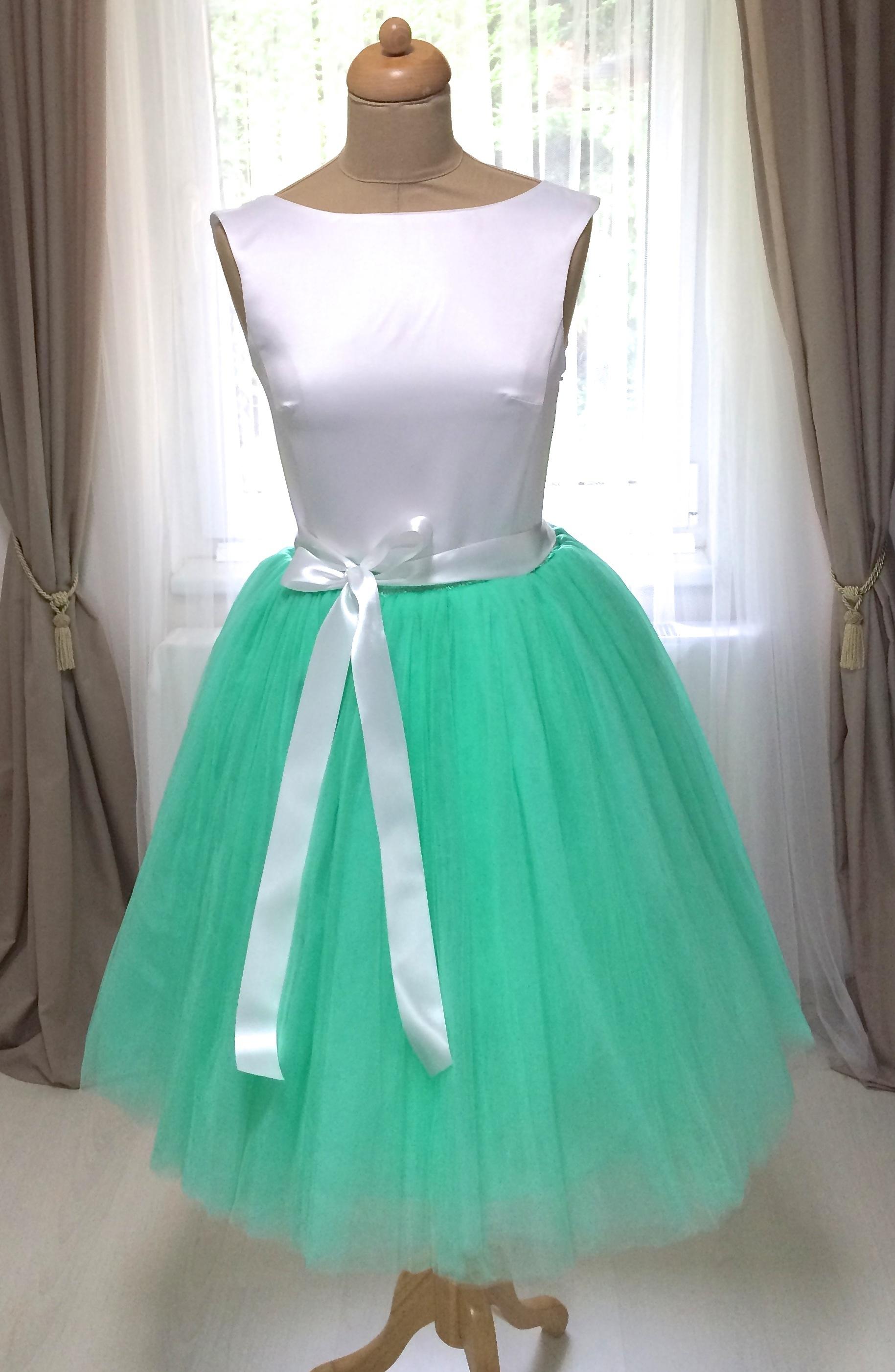Dámská tylová TUTU sukně mint zelená nad kolená - 50 cm