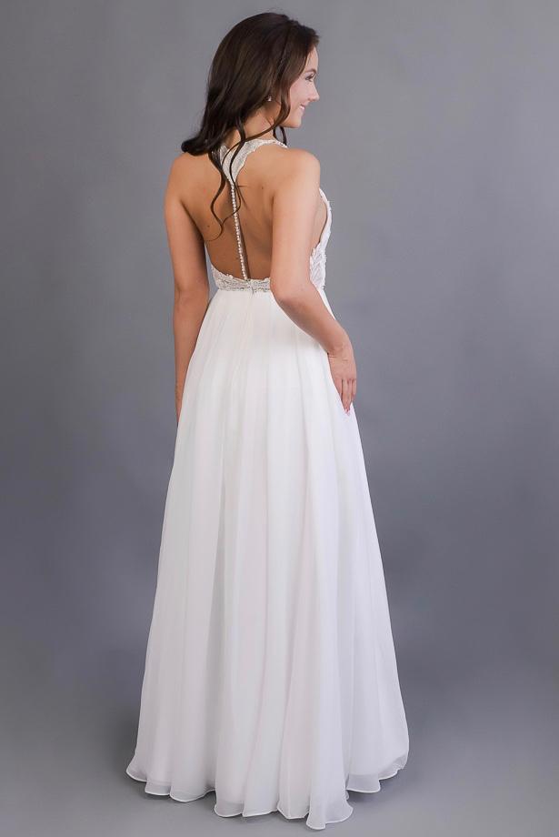 Boho svatební šaty s odhalenými zády