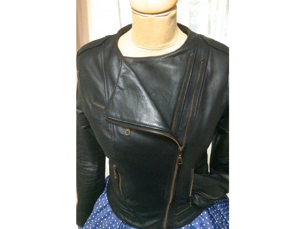 0964866b6 Dámska kožená bunda - MiaBella