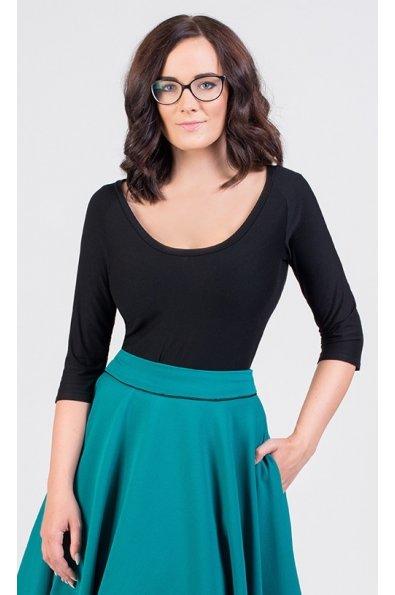 Čierne tričko s okrúhlym výstrihom
