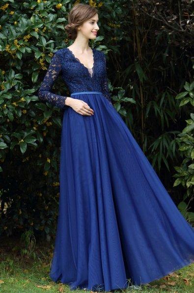 tmavo modre plesove saty s rukavmi · Tmavo modré plesové šaty s rukávmi 95bd1e8a5ab