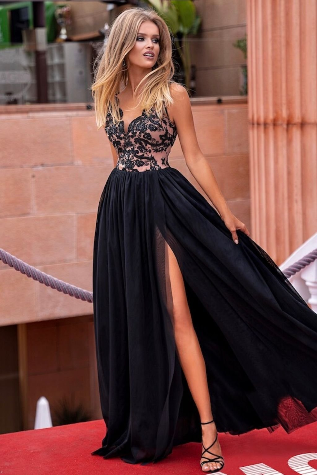 Black tulle split formal dress