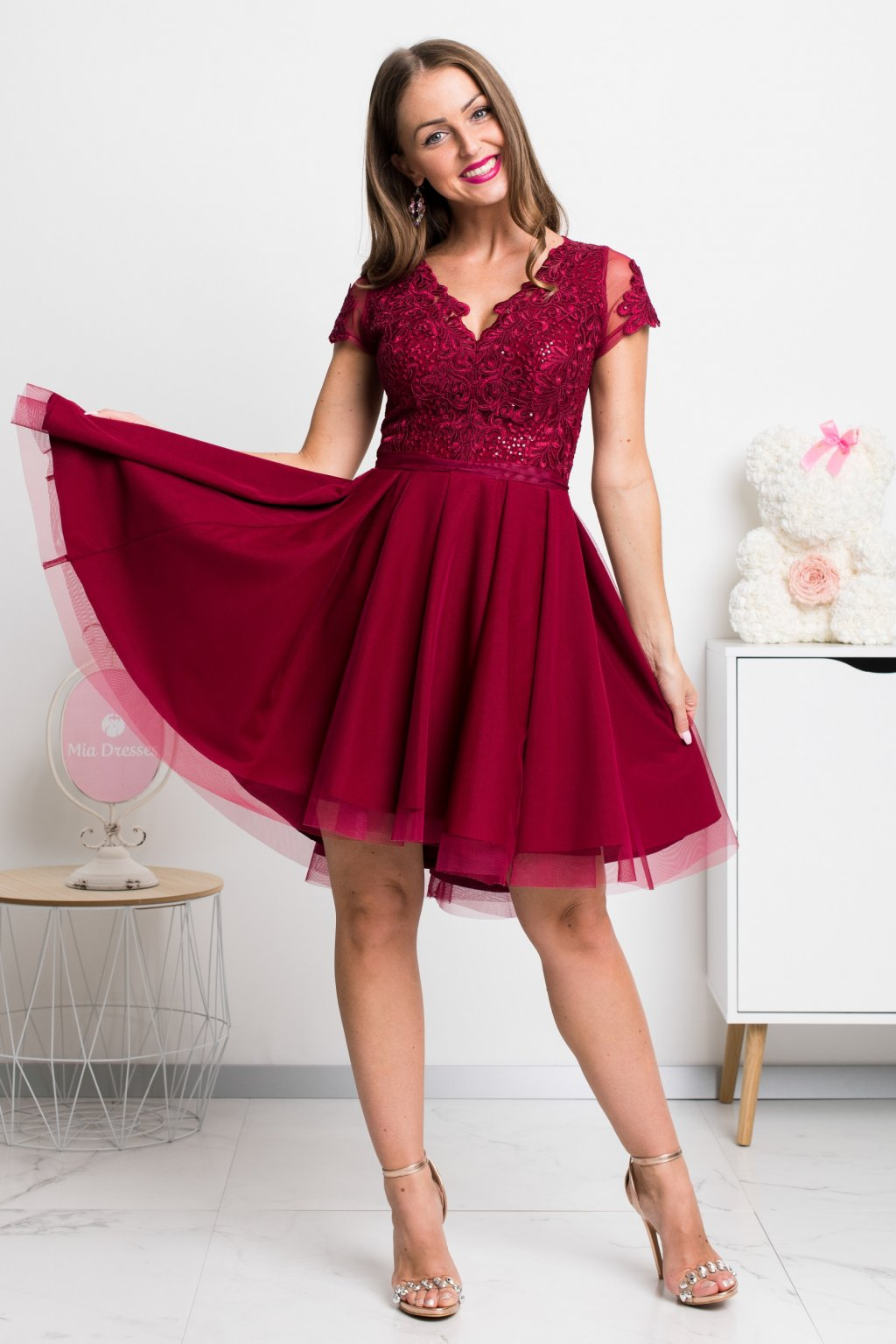 Burgundy tulle and lace short dress