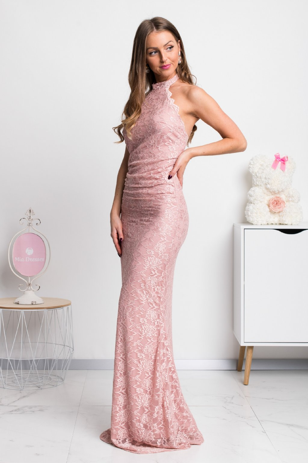 Dusty pink lace backless dress
