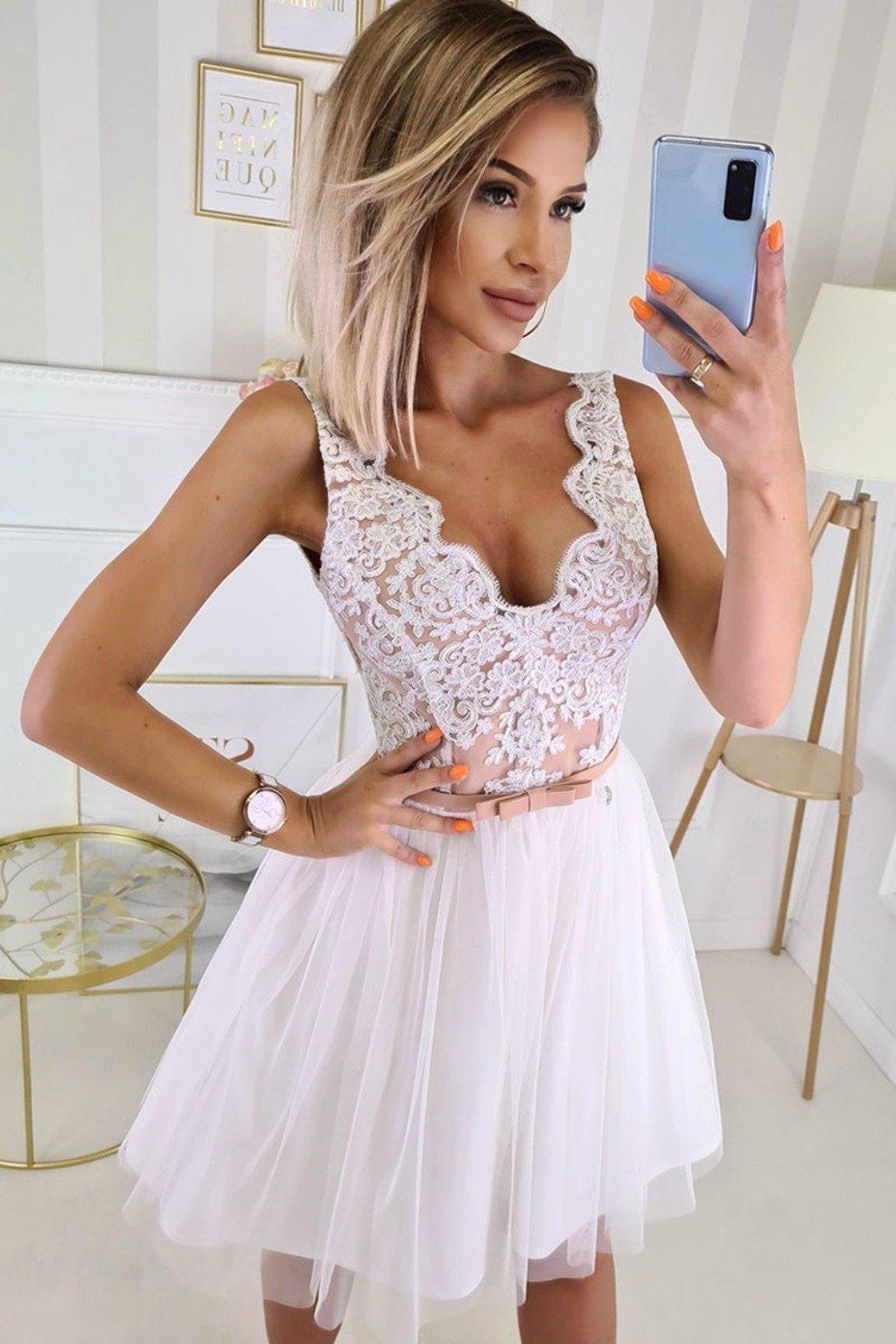 Bielo-telové krátke spoločenské šaty s krajkou