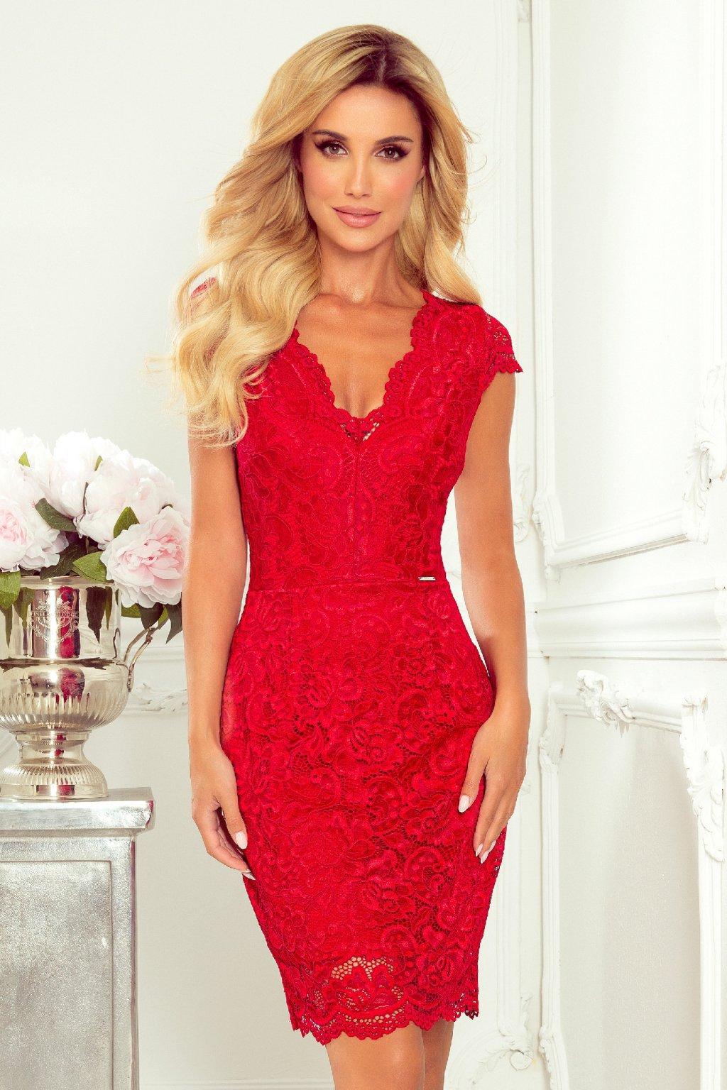 Červené krátke čipkované šaty