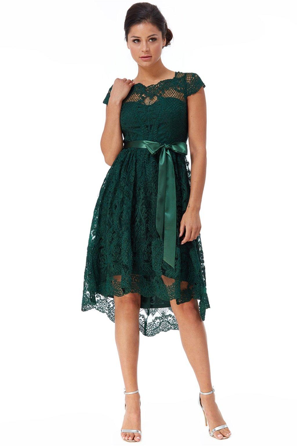 Smaragdové krátke krajkované šaty