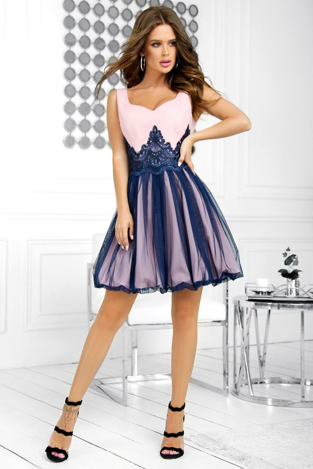 Ružovo-modré krátke šaty s tylovou sukňou a krajkou