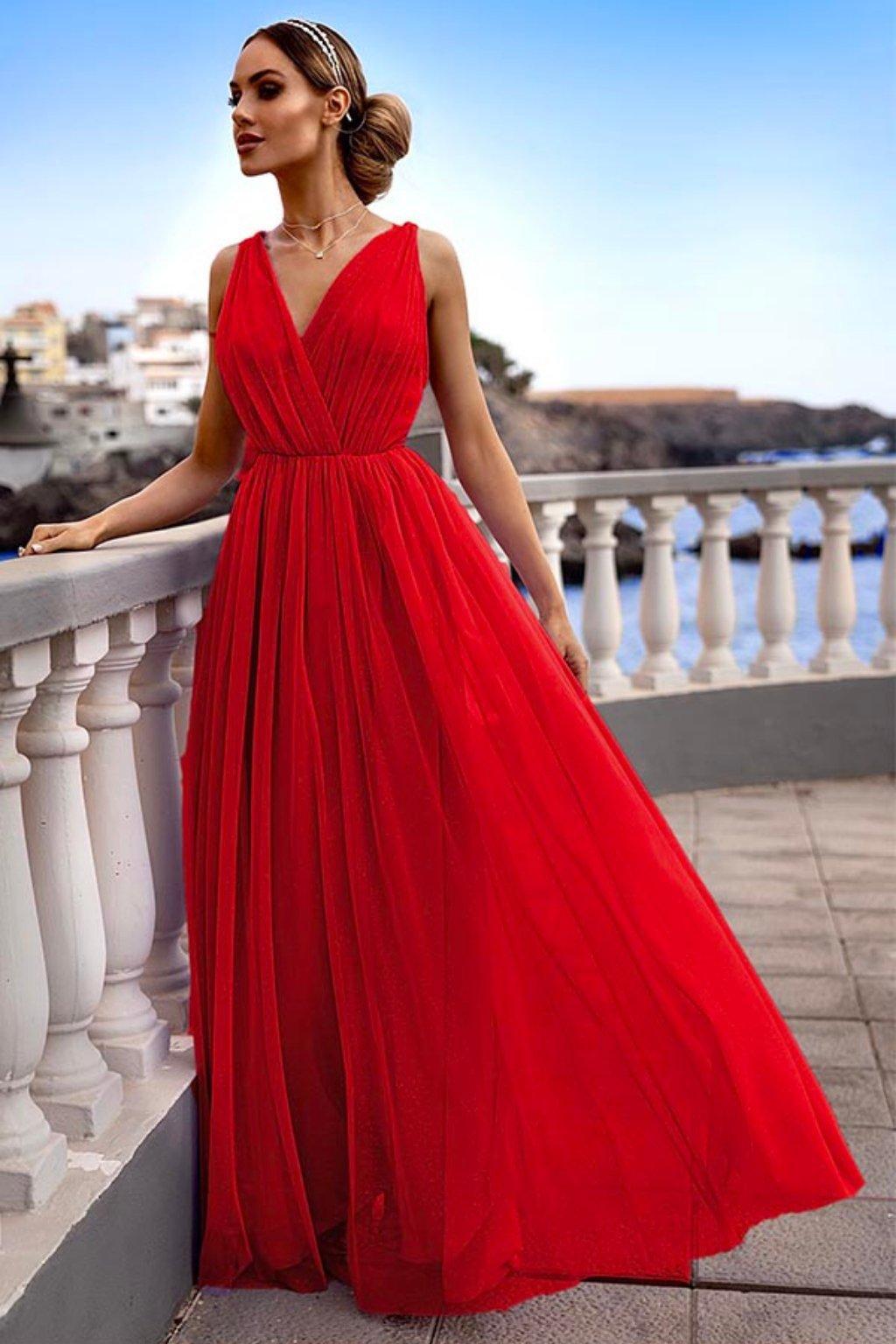 Červené tylové spoločenské šaty