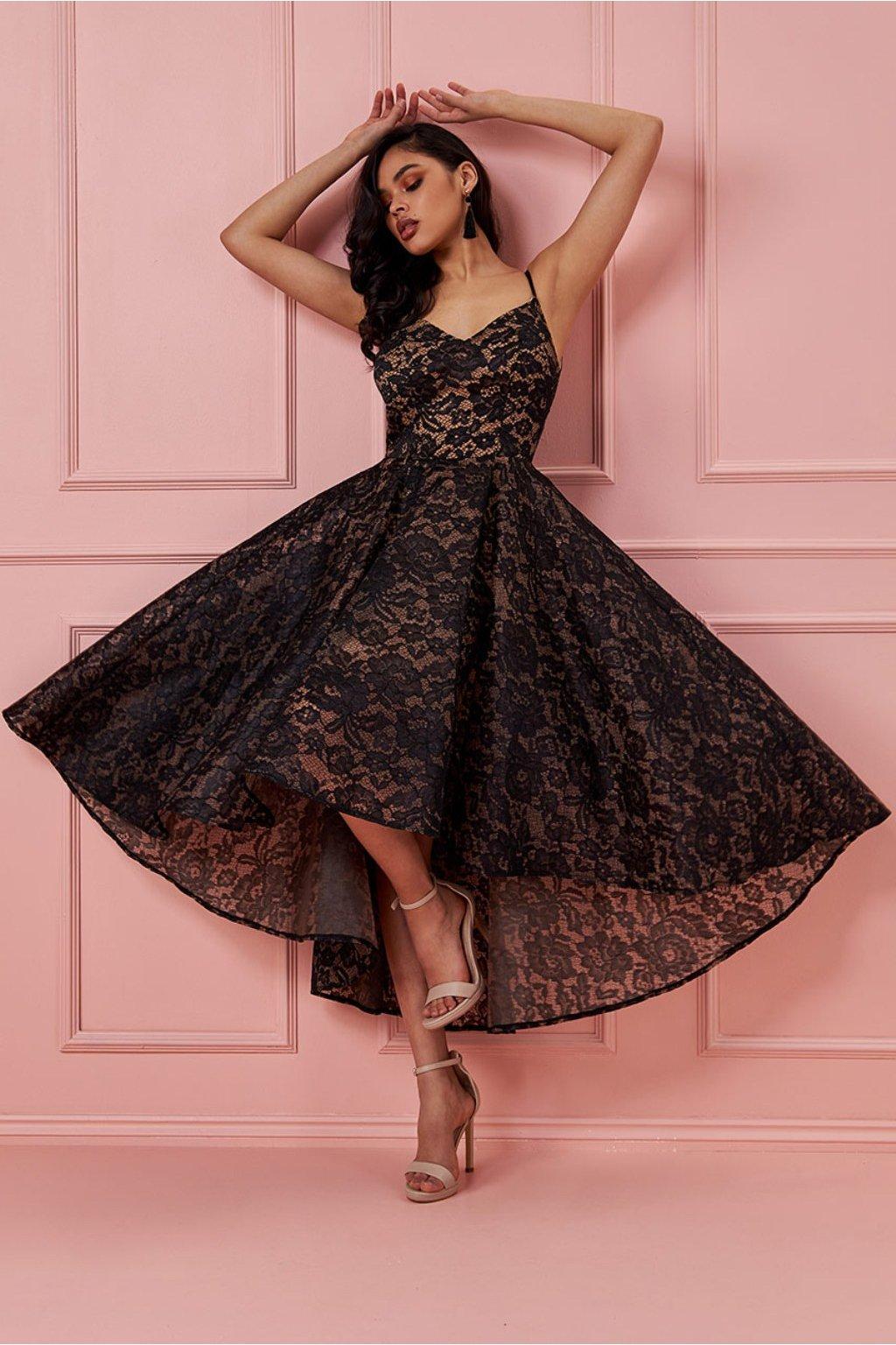 Čierne spoločenské asymetrické šaty s krajkou