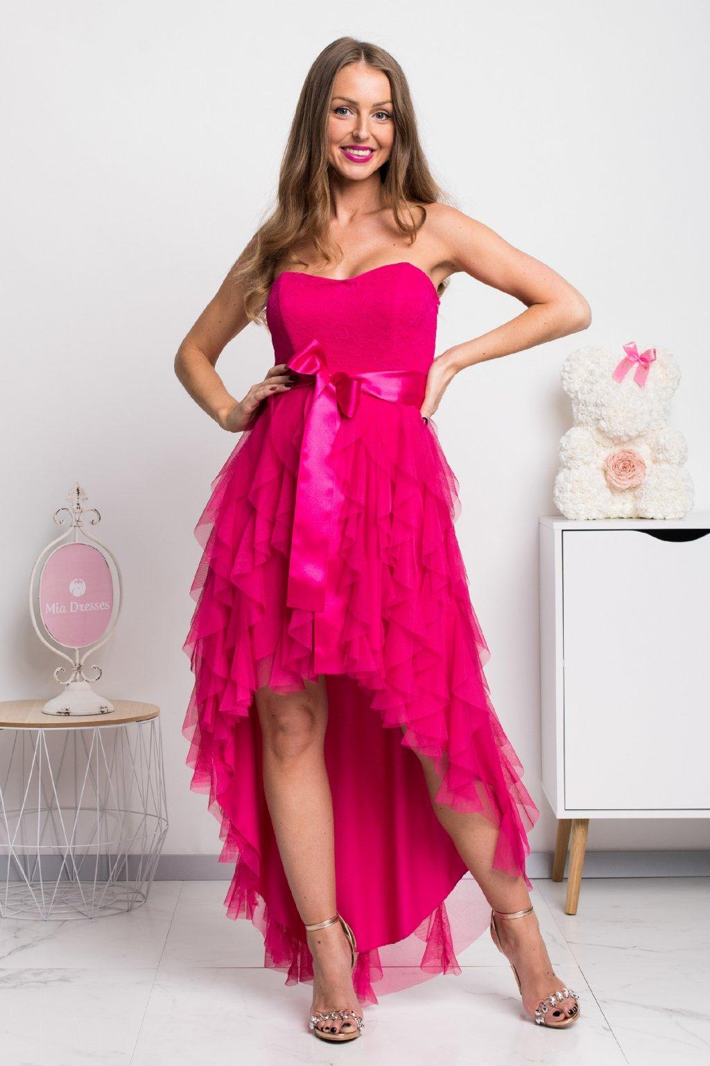 0f781a22d410 Cyklaménové asymetrické šaty so stuhou - Mia Dresses