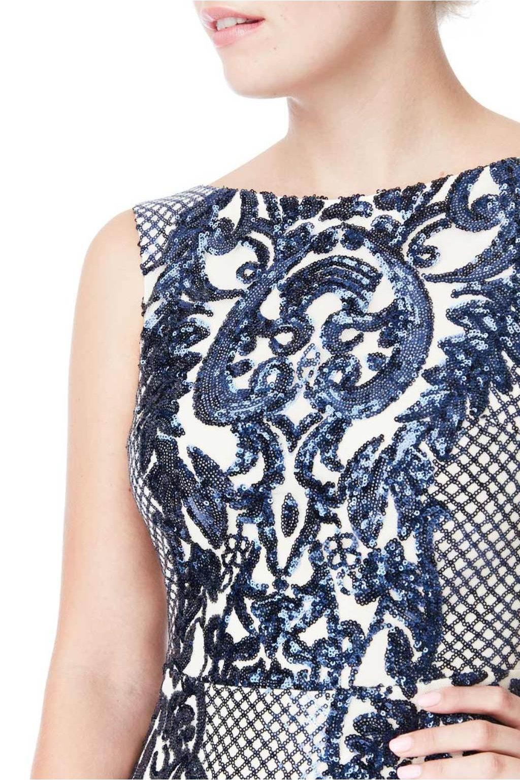 Dlhé spoločenské šaty bef0e038fe5