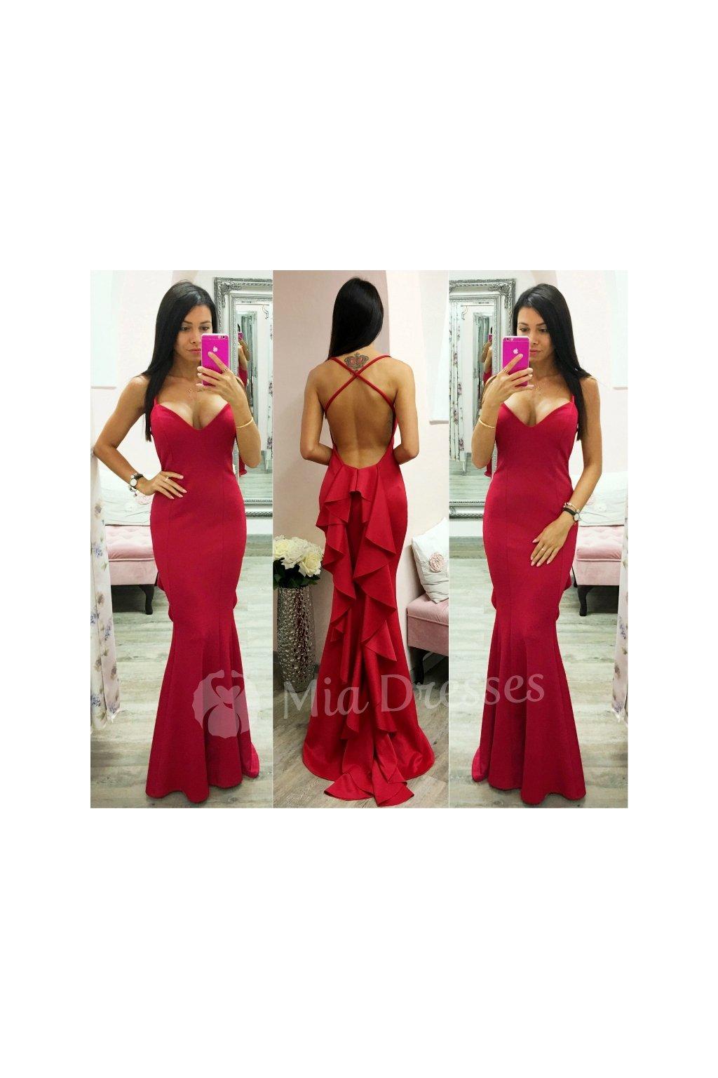 Červené spoločenské šaty s mohutným volánom