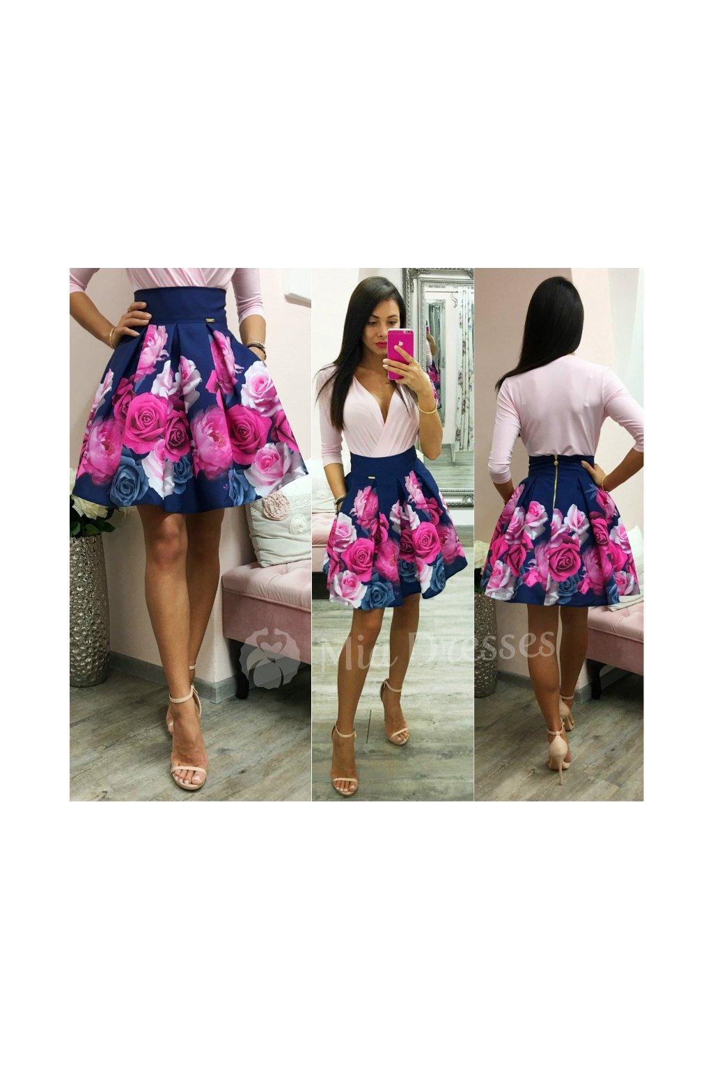 Modrá kvetinová mini sukňa