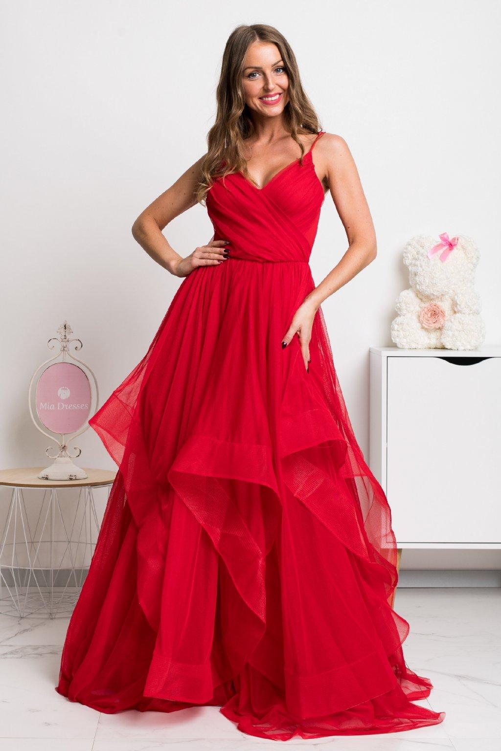 Červené spoločenské šaty s tylovou sukňou