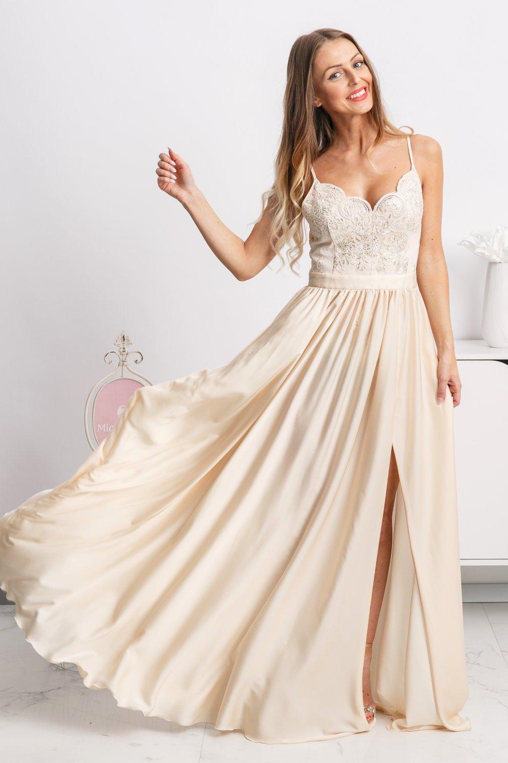 Dlhé spoločenské šaty 9e65cefada