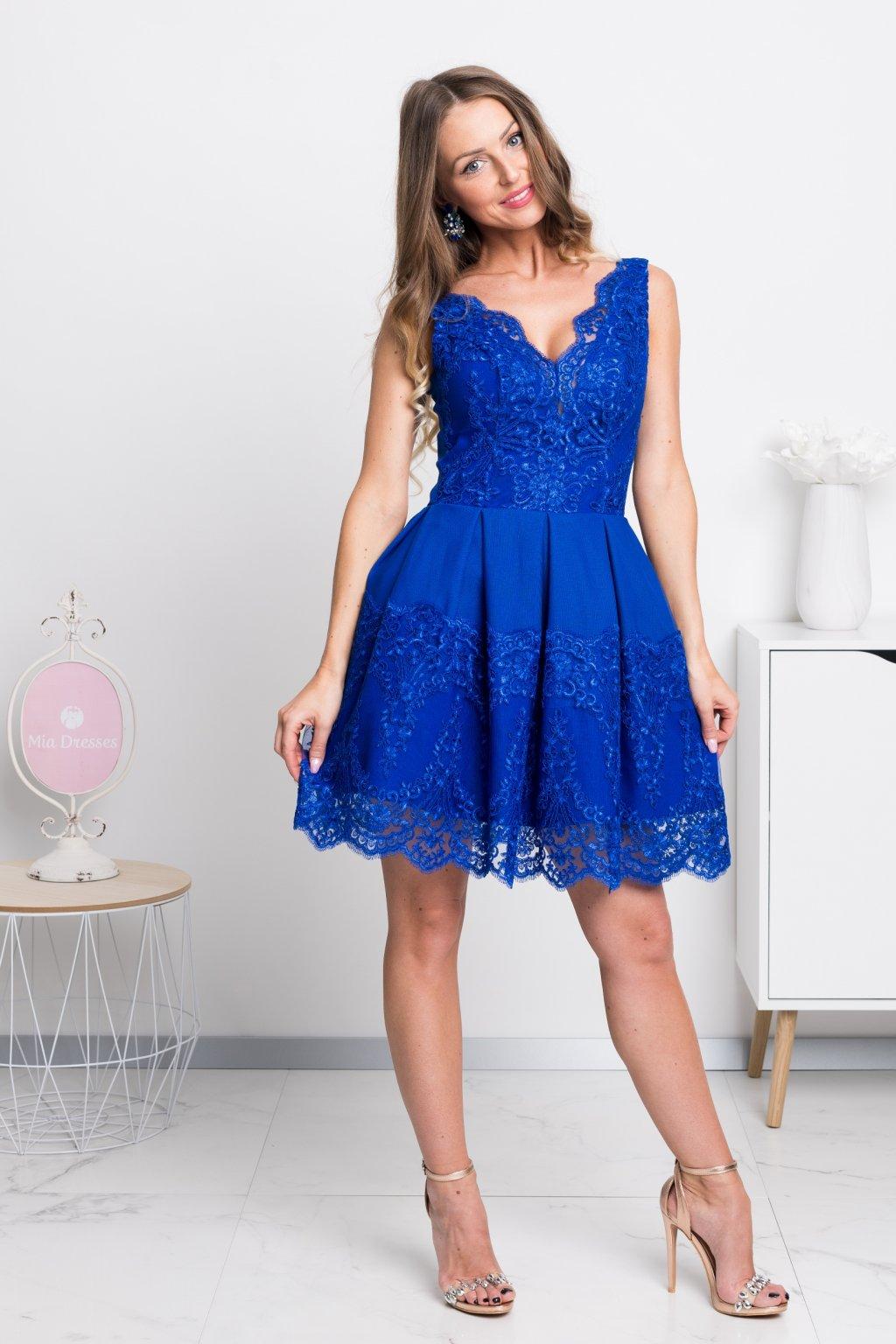 Krátke spoločenské šaty d37100118ce
