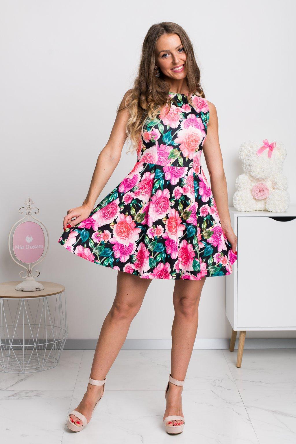 Kvetinové áčkové mini šaty