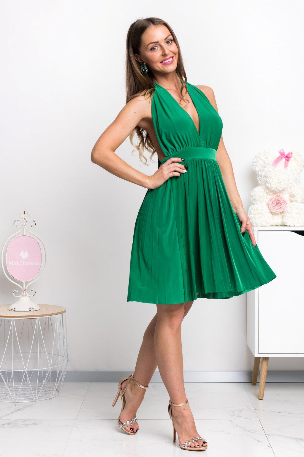 20d1f2440 Krátke spoločenské šaty