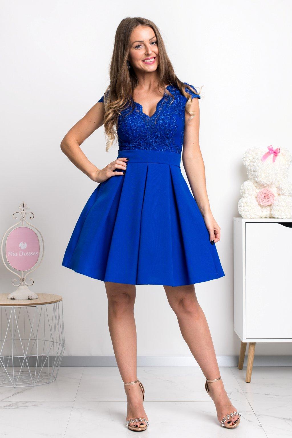 Modré spoločenské mini šaty s áčkovou sukňou