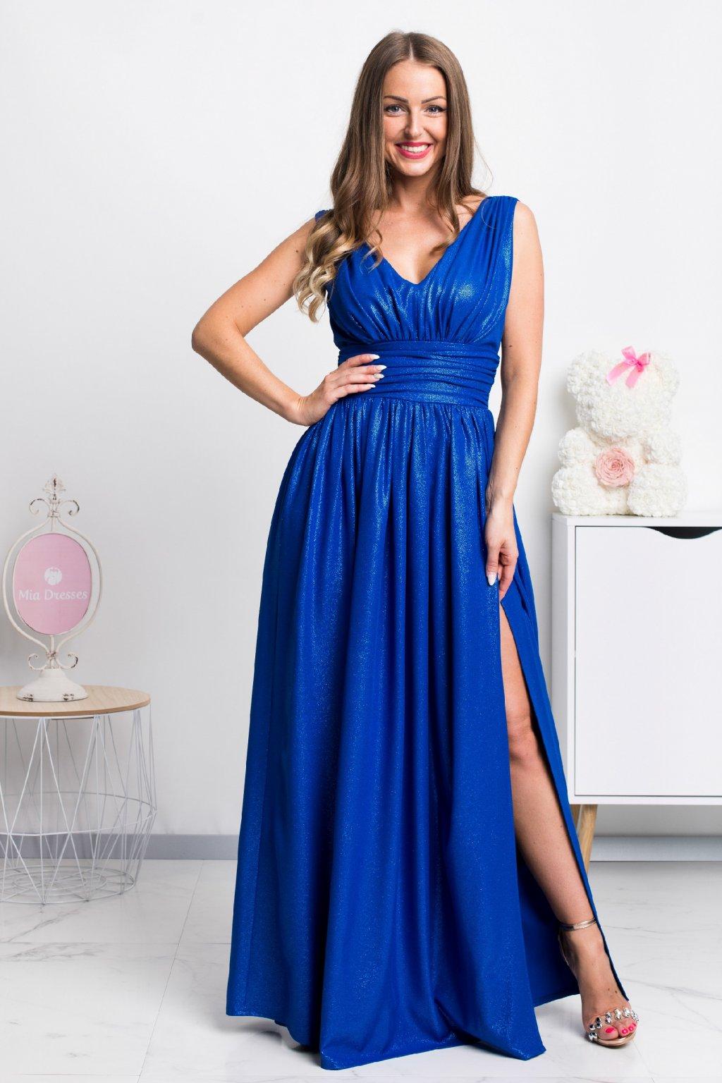 Modré spoločenské šaty s jemnými flitrami