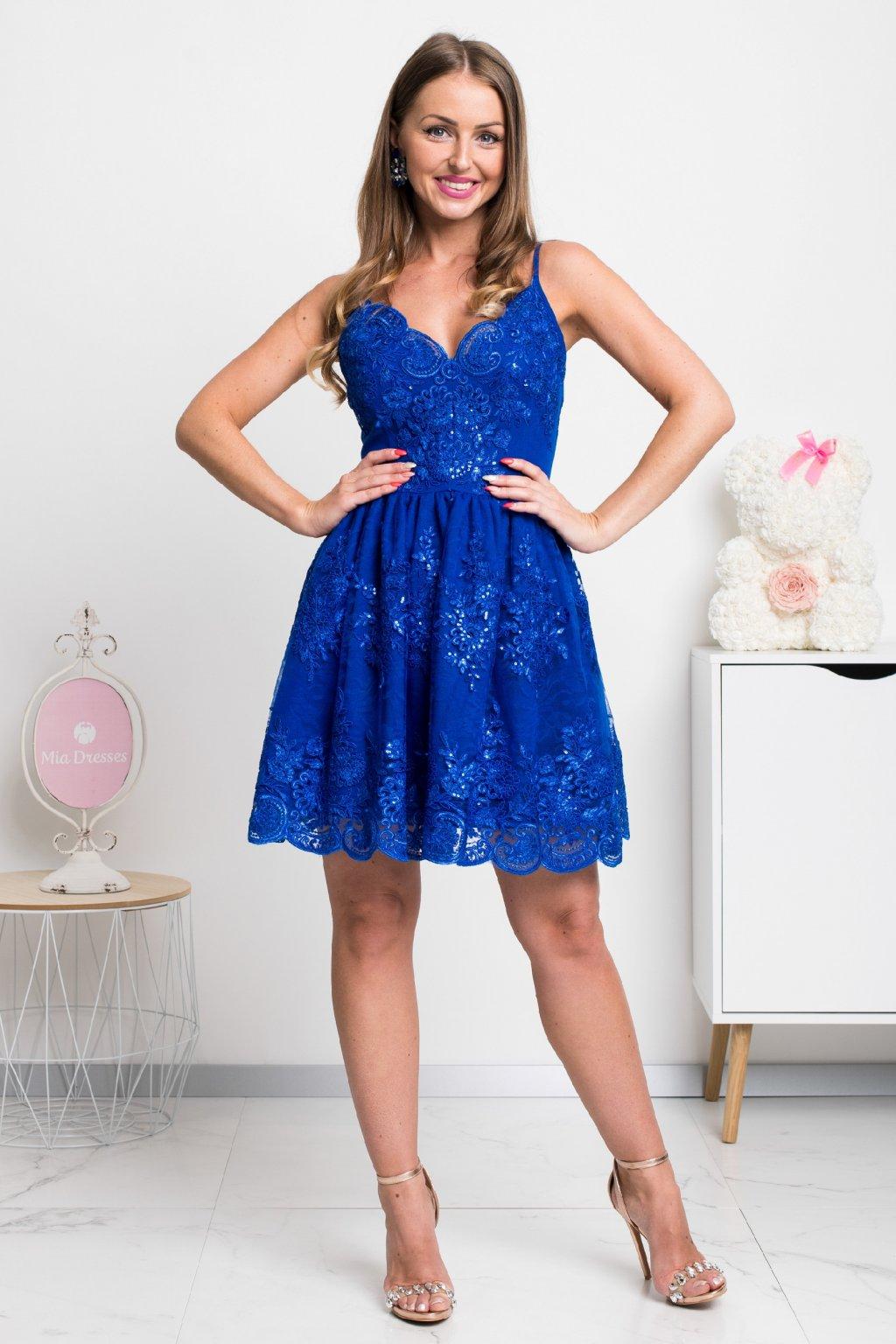 Modré krajkové mini šaty na ramienka