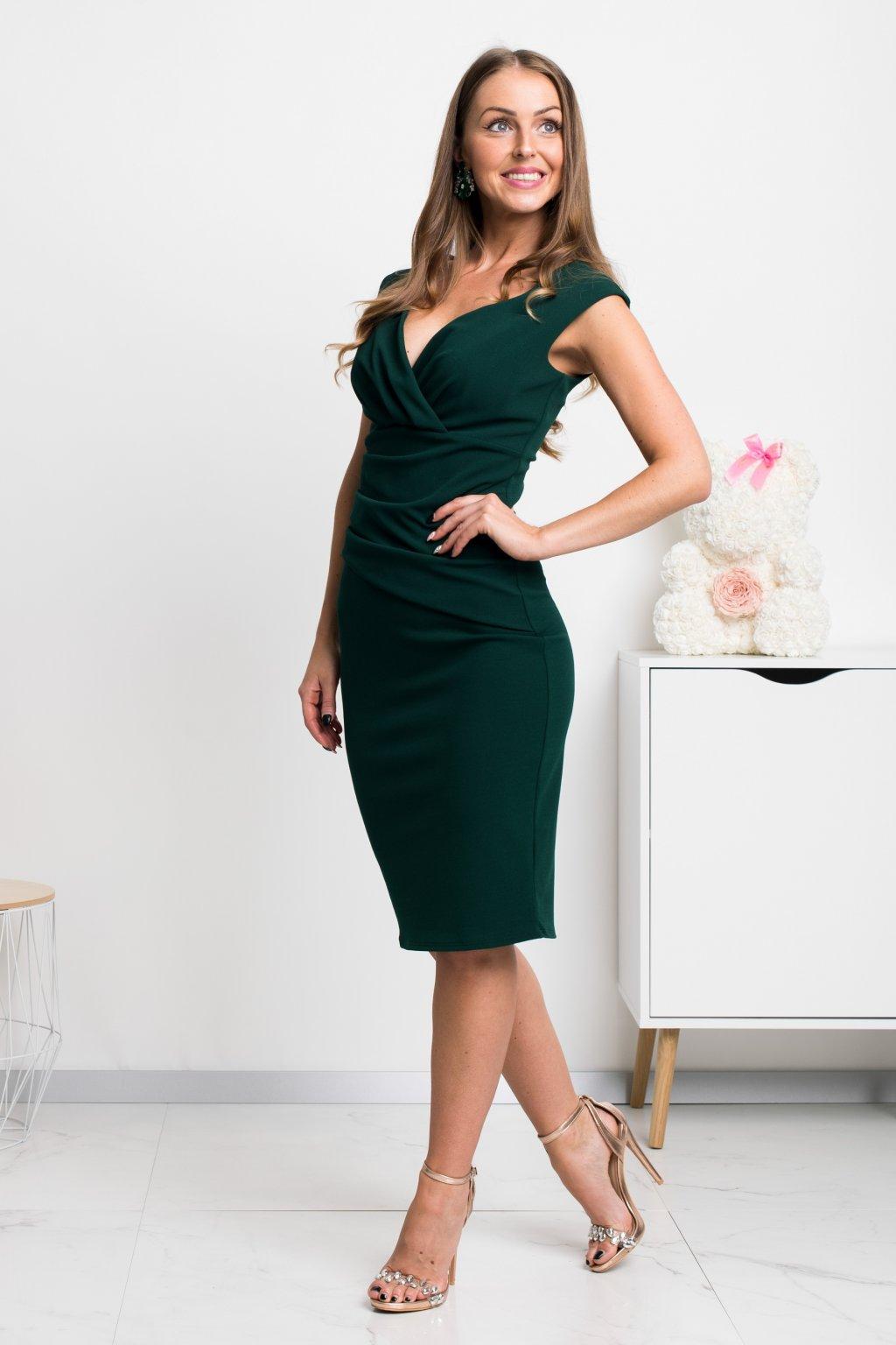 Smaragdové krátke priliehavé šaty