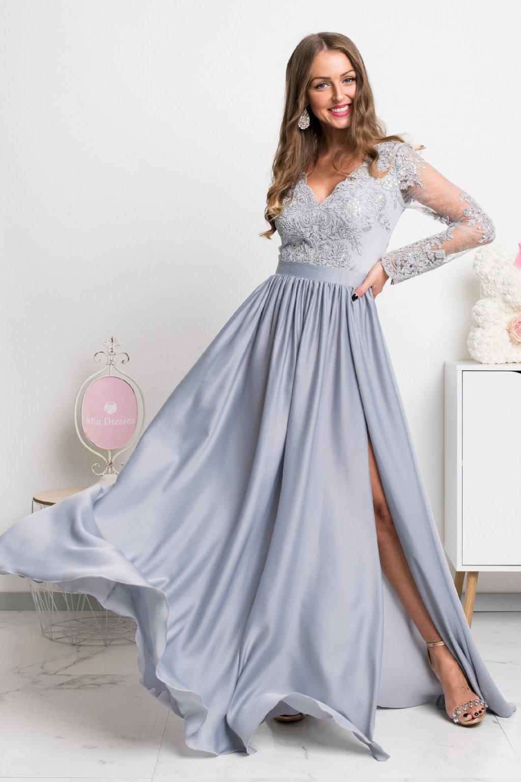 Sivé spoločenské šaty s krajkou a saténovou sukňou
