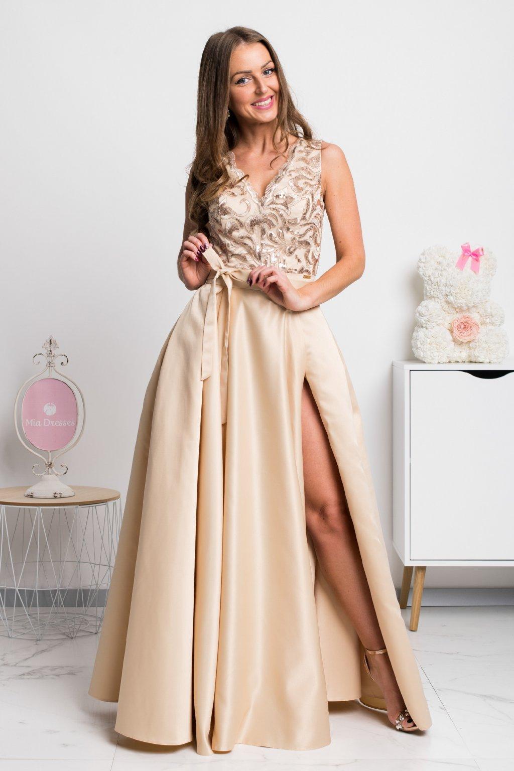 Zlaté spoločenské šaty so saténovou sukňou
