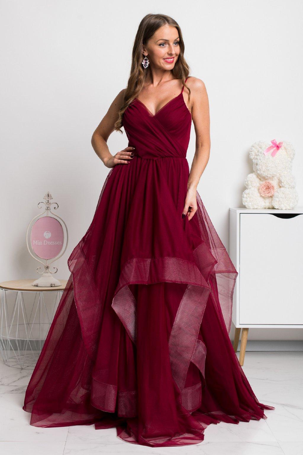 Bordové spoločenské šaty s tylovou sukňou