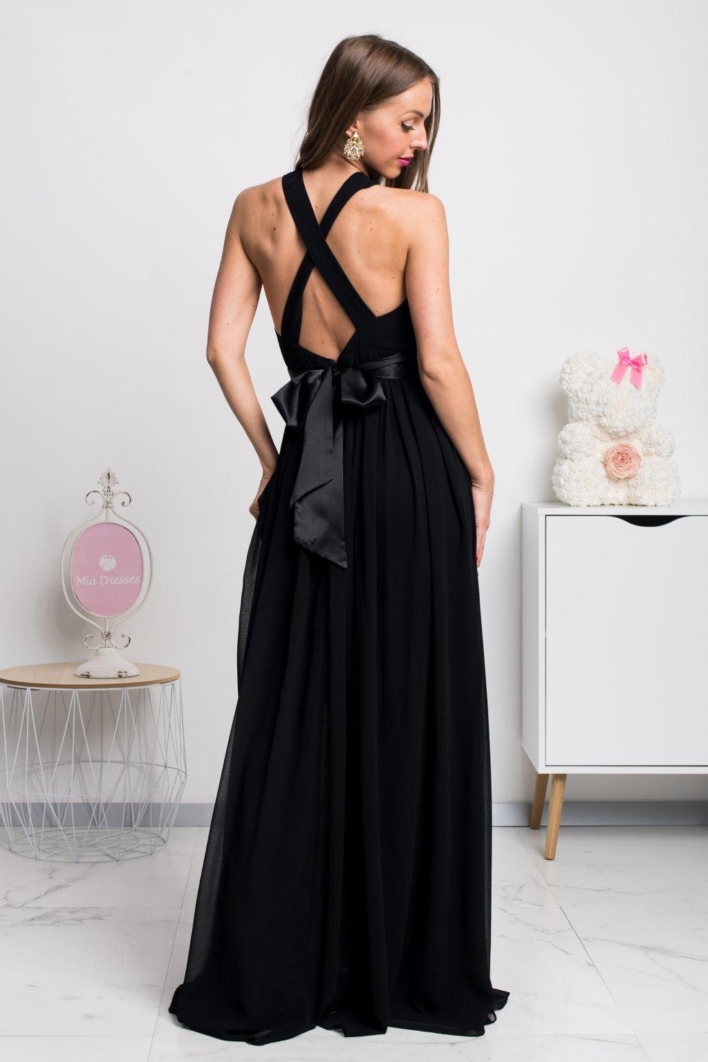 Čierne šifónové spoločenské šaty s odhaleným chrbtom
